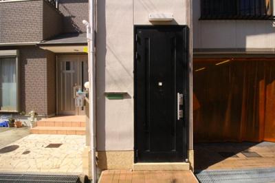 【エントランス】東尻池貸家