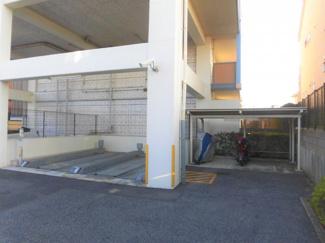 サンクレイドル四街道弐番館 中古マンション 四街道駅 敷地内駐車場がございます。鍵付きになっているので、盗難が心配な方も安心です。