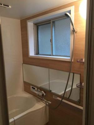 【浴室】伏見区深草ススハキ町 中古戸建