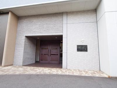 【エントランス】レーベンリヴァーレシンフォニーヒルズ