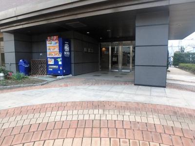 【エントランス】ウィズ戸田公園壱番館