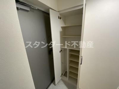 【玄関】ビガーポリス369天神橋三丁目Ⅱアルチェ