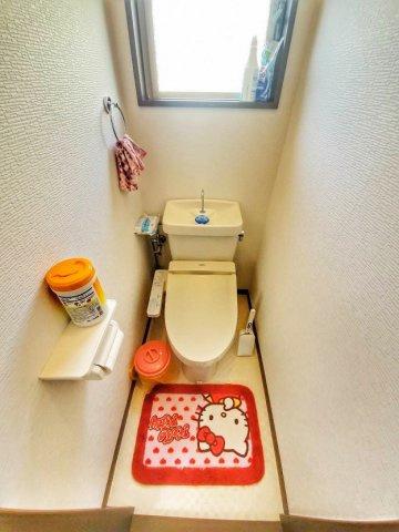 トイレは2Fと3Fの2ヶ所にあります♪