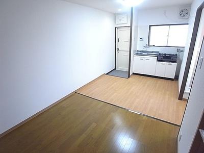 【居間・リビング】アイハウス船寺通