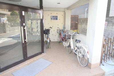 【エントランス】キャロル豊中本町
