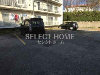 【駐車場】ハイツ山本