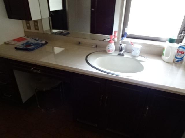 キッチンからの動線もあり使い勝手がいいですね。