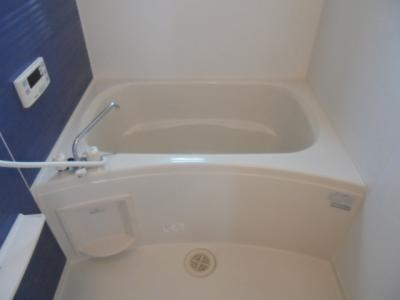 【浴室】ヴィラ・フルールA