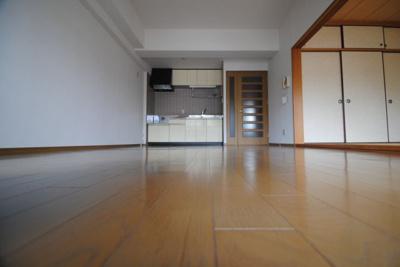 【居間・リビング】アメニティハイツ杏栄館