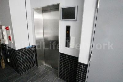 エレベーターで楽ちん
