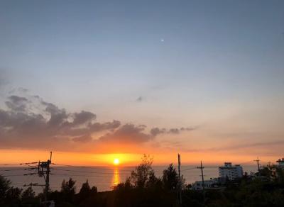 読谷村海の見える収益物件3階建