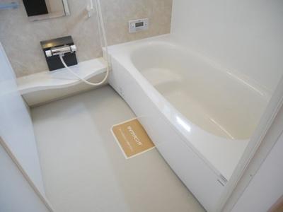 【浴室】ソヨゴガーデン