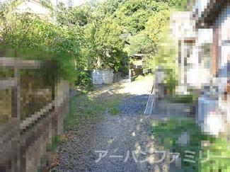 【前面道路含む現地写真】近江八幡市南津田町 中古戸建
