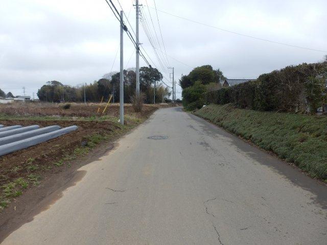 【前面道路含む現地写真】鹿嶋市志崎中古一戸建