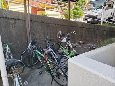 駐輪場☆神戸市垂水区 ベルメゾンK 賃貸☆