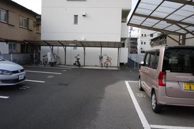 【駐車場】ララ・本町