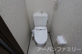 【トイレ】近江八幡市川原町1丁目 中古戸建