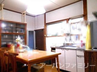 【居間・リビング】近江八幡市杉森町 中古戸建