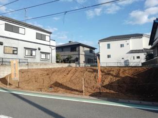 73坪!間口が広く、開放的な土地です。日当たり良好、注文住宅に適しています。