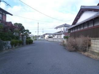 【前面道路含む現地写真】近江八幡市末広町 中古戸建
