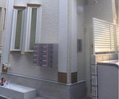 敷金礼金0円、更に仲介手数料無料・初期安で入居可。