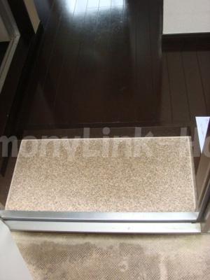 アーバンプレイス阿佐ヶ谷Ⅲのシンプルで使いやすい玄関です