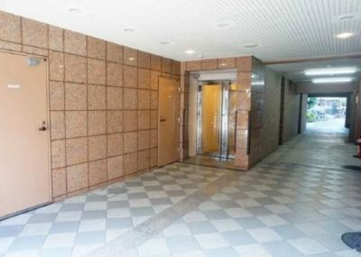 【エントランス】セントレー亀戸 6階 亀戸駅7分 リ フォーム済
