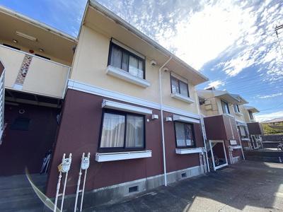 小田急線「五月台」駅より徒歩3分!便利な立地の2階建てアパートです♪通勤通学はもちろん、お買い物やお出かけにもGood☆駅近のお部屋をお探しの方におすすめ♪