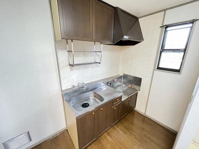 収納スペースのある東向き洋室6帖のお部屋です!荷物を収納できてお部屋がすっきり片付きます☆