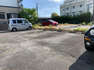 【駐車場】サンフォレスト鈴木