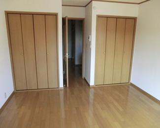 【洋室】《2002年築!》熊谷市2棟売りアパート