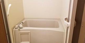 【浴室】《2002年築!》熊谷市2棟売りアパート