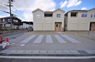 堂々完成しました!(1~6号棟まで完成済み) 敷地面積188.11㎡(56.90坪) 駐車場並列2台。