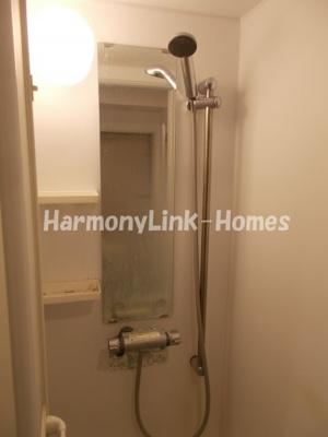 メリーウェザーのシンプルで使いやすいシャワールームです