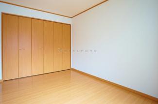 【洋室】ホワイトハウスG