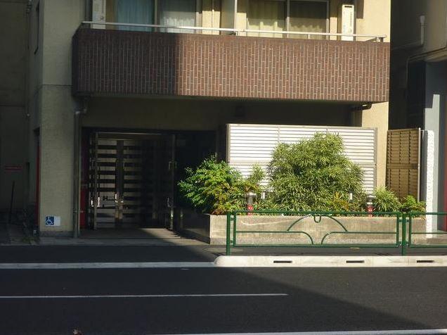 プレール・ドゥーク新宿御苑