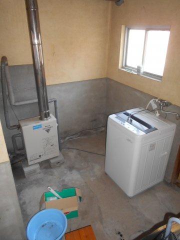 土間には洗濯機スペース