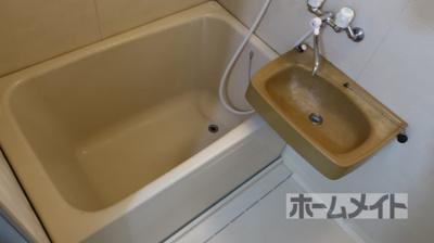 【浴室】アンフィニィ・真上