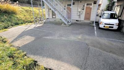 【駐車場】ニュープラム