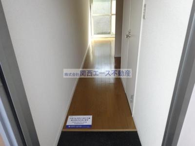 【玄関】レオパレスタカラ