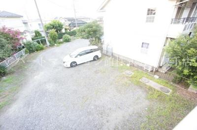 【駐車場】ガーデンハウス2号館
