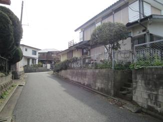 千葉市若葉区加曽利町 土地 小倉台駅  車通りの少ない前面道路の為、駐車も安心です。