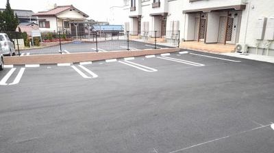 【駐車場】アンプルール