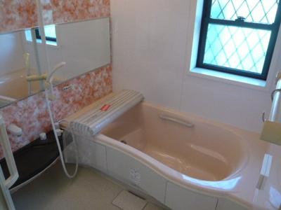 【浴室】栄町2丁目貸家