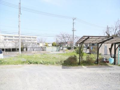 南側から撮影(南側・西側/月極駐車場)