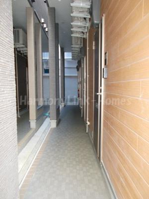 ハーモニーテラス根岸Ⅳの廊下(1階)☆