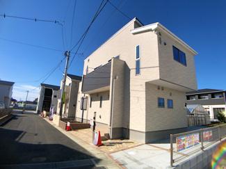 京成本線「東中山」駅徒歩12分の全6棟の新築一戸建てです。JR総武中央線下総中山駅は徒歩21分です。