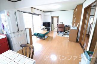 【居間・リビング】近江八幡市音羽町 中古戸建