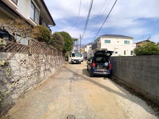 前面道路は4m私道(法43条但書道路)です。