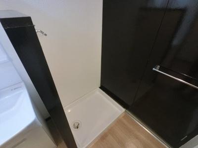 洗濯機置き場です。 室内に置けるので安心です。